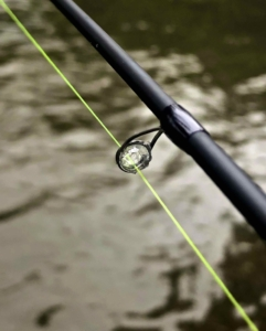HLS Hi-Vis Line GLX 1562 3 Centerpin Float Rod Ice in Recoil Guides AAA