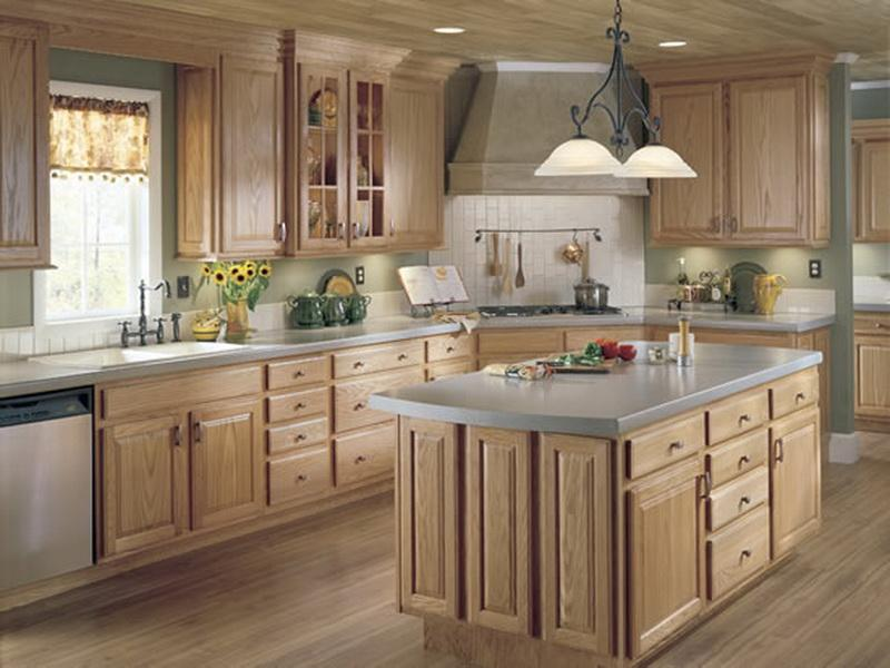 Country-Style-Kitchen-Cabinets
