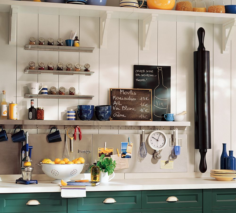 Creative-Wood-Wall-Kitchen-Cabinet-Storage-Ideas