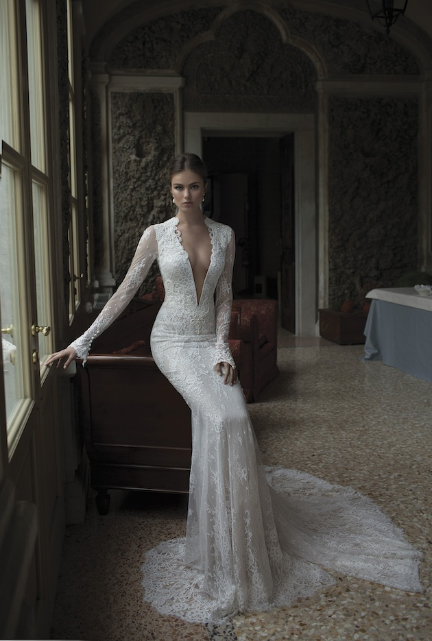 Deep V-neck Bridal Gowns Long Sleeves Floor Length Sheath Backless