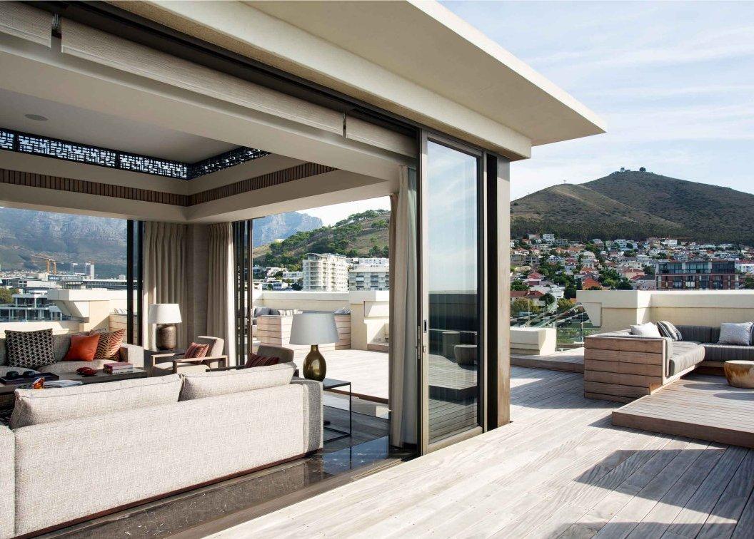 Elegant-Penthouse-Apartment