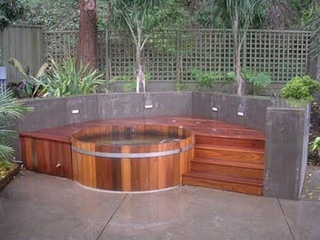 awesome-garden-hot-tubs