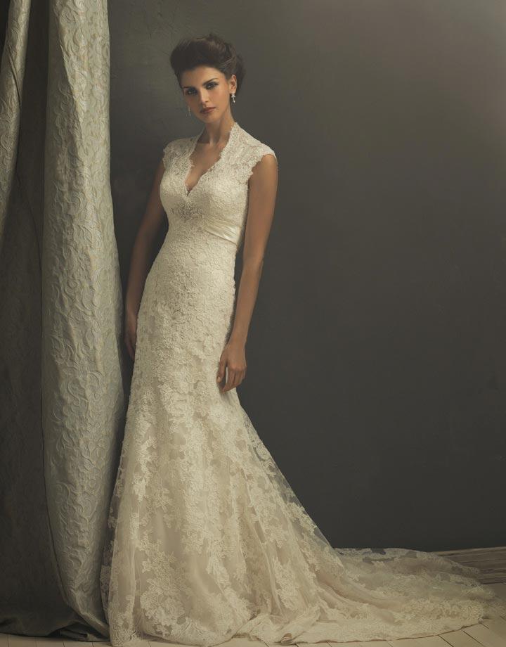 vintage-lace-wedding-dresses-uk