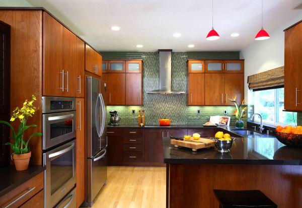 Elegant-Asian-Kitchen-design-with-stylish-modern-cabinets