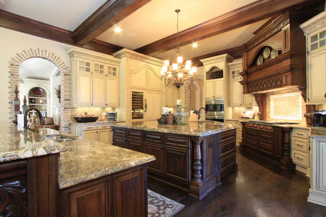 Luxury Custom Kitchen Desig.