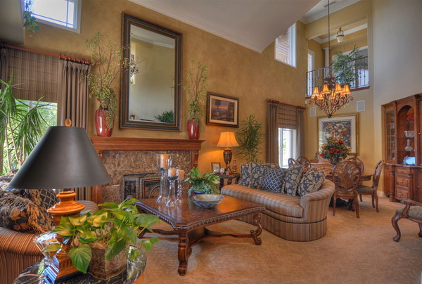 Traditional-Living-Room-Interior-Design