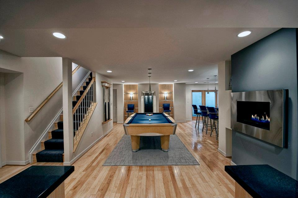 ashburn-contemporary-basement-billiard-area