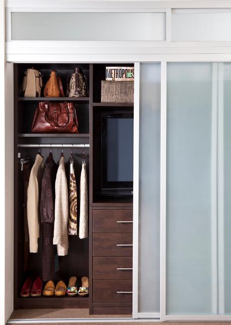 contemporary-closet-small
