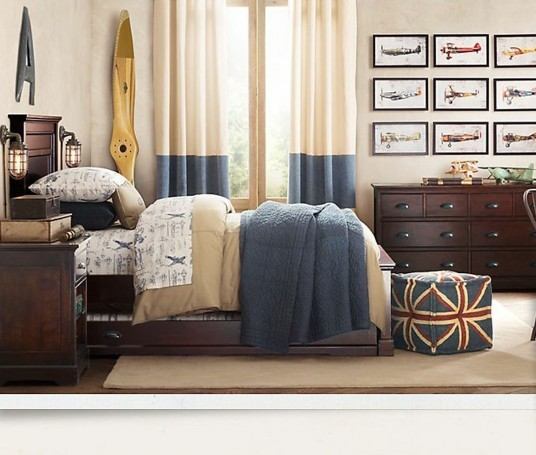 home-decor-traditional-boys-room-wallpaper-boys-room