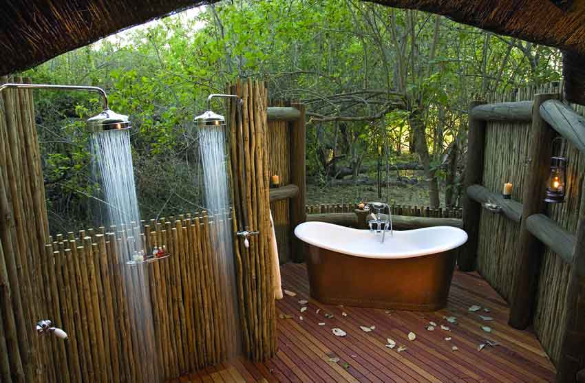 traditional-outdoor-bathroom-design-with-timber-wall-two-stand-shower