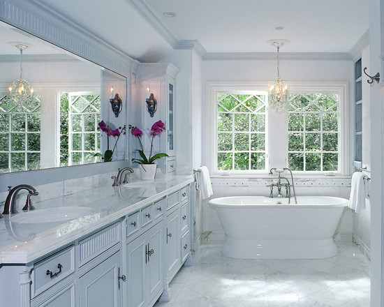 traditional-white-bathroom-ideas-decorating
