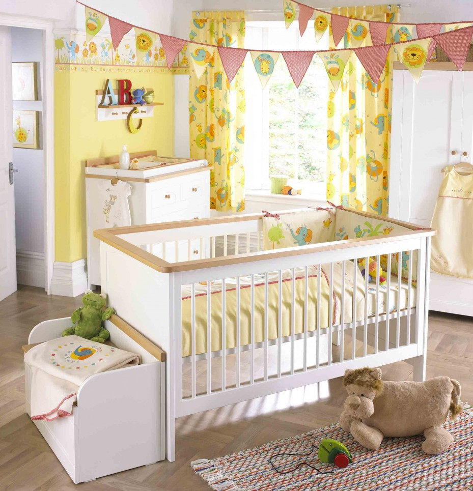 3-yellow-and-white-color-baby-nursery-decor