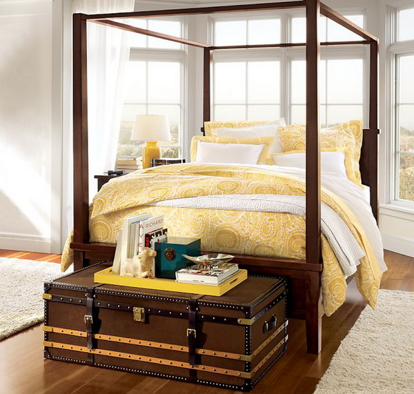Bedroom-Design-with-Farmhouse-Canopy-Bed