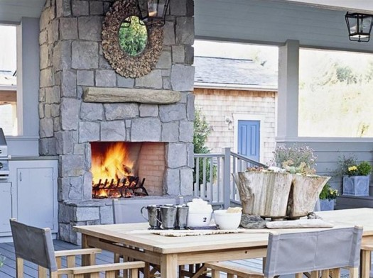 Coastal style Outdoor Kitchen and Dining