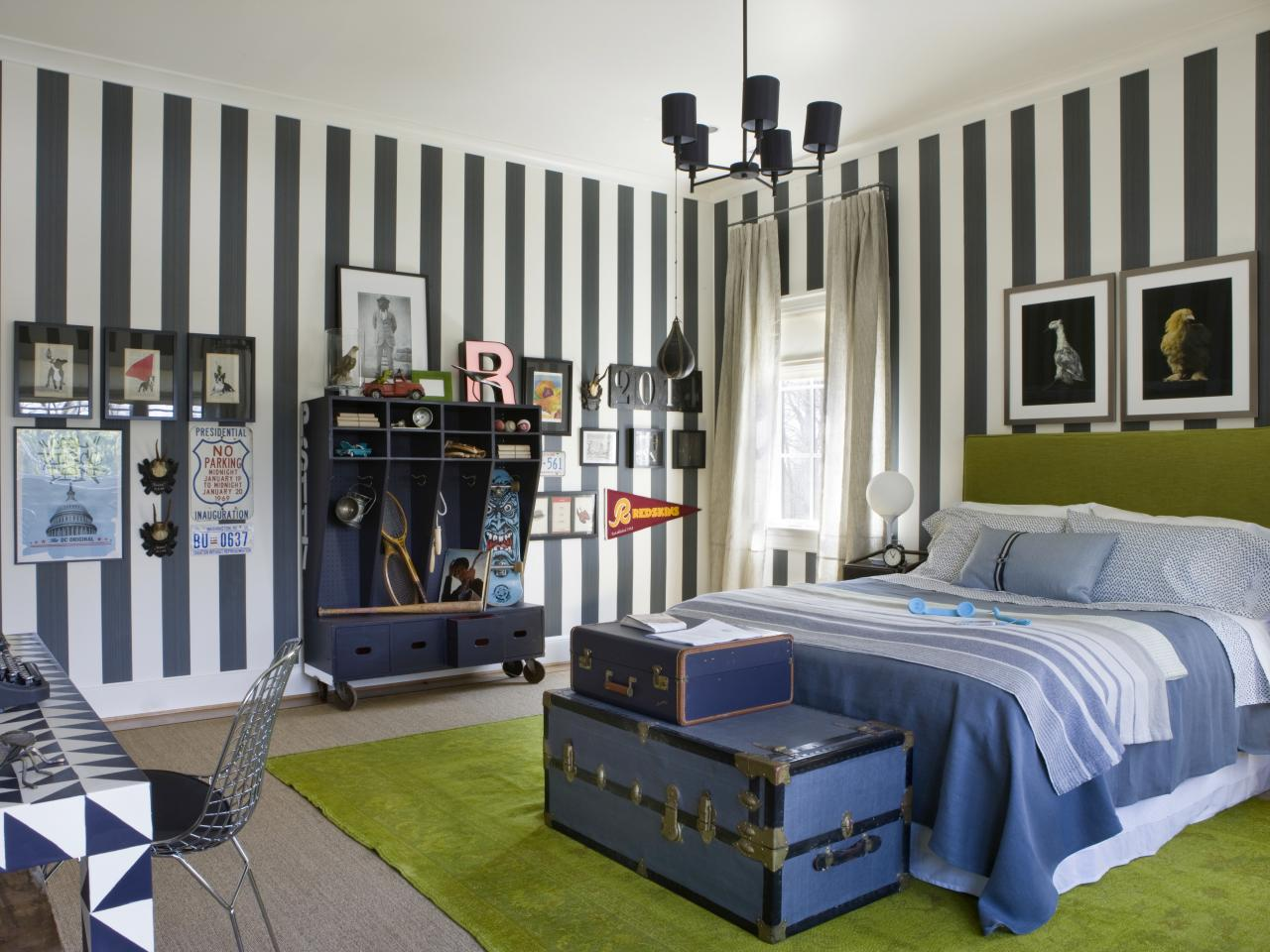 DP_DC-Design-House-2013-Teenage-Boys-Bedroom_s4x3.jpg.rend.hgtvcom.1280.960
