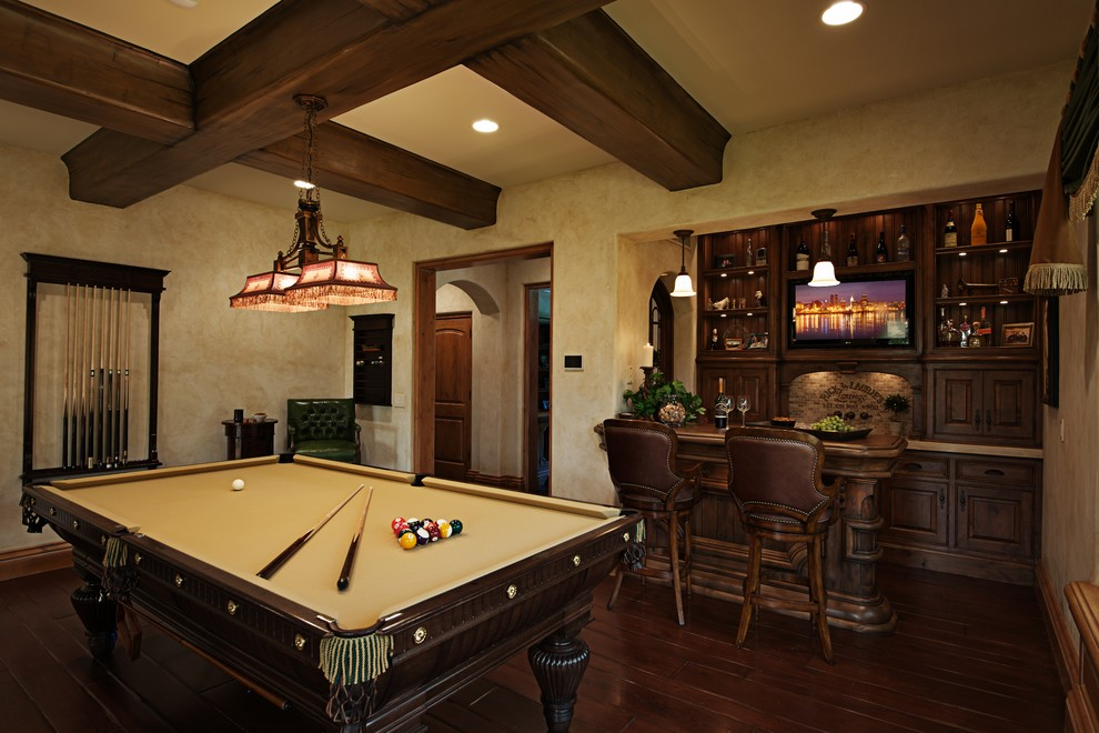 Exquisite-Family-Room-Mediterranean-design-ideas-for-Small-Wet-Bar-Designs-For-Basement-Decorating-Ideas