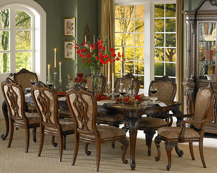 Formal_Dining_Set_Traditional_Style