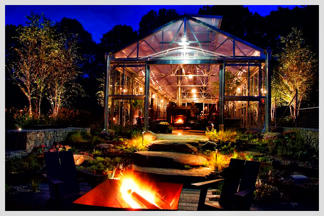 Industrial-garage-outdoor-lighting-designs-in-the-patio-and-greenhouse