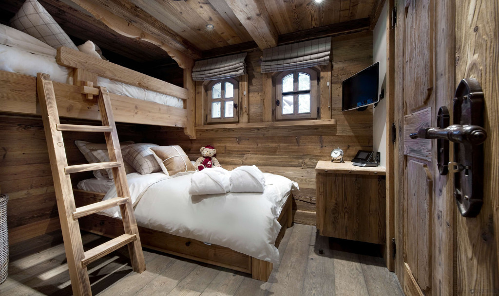 Rustic--Bedroom-Ideas-