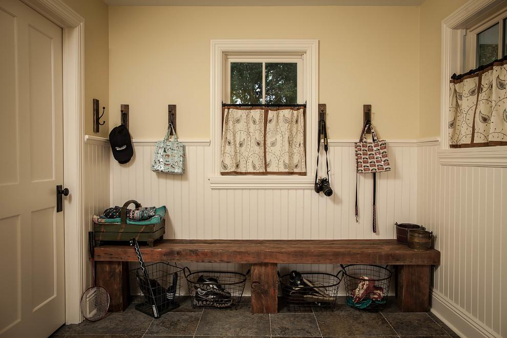 Sensational-Boudoir-Bench-Decorating-Ideas-Gallery-in-Entry-Farmhouse-design-ideas-