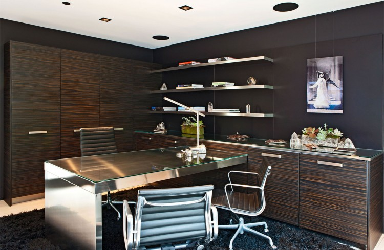 Sleek-Home-Office-Design-at-Pacific-Coast-Highway