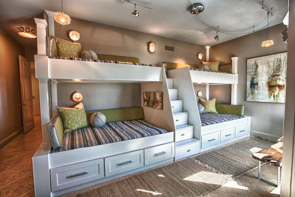 Splendid-L-Shaped-Bunk-Beds-decorating-ideas-for-Kids-Beach-design-ideas-with-Splendid-aera-rugs-artwork
