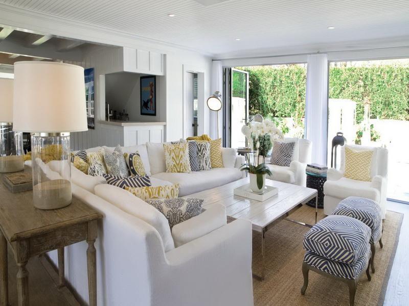beach-house-living-room-design
