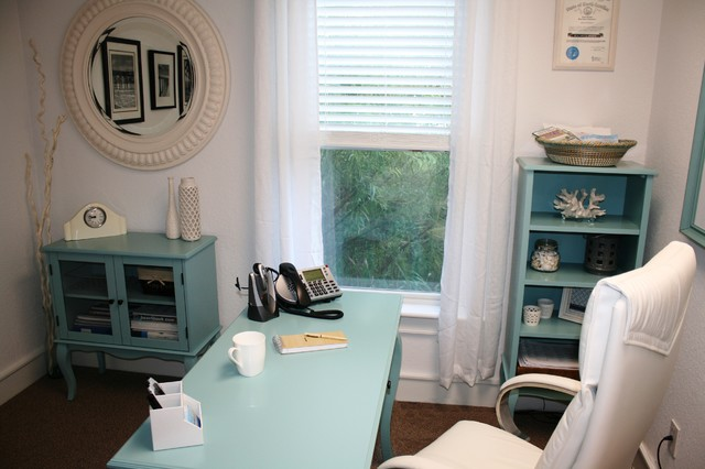 beach-style-home-office-white