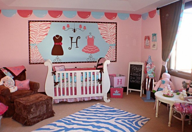 fancy-baby-nursery-designing-ideas-for-baby-girls-with-cool-wall-display-and-white-artistic-crib-657x453