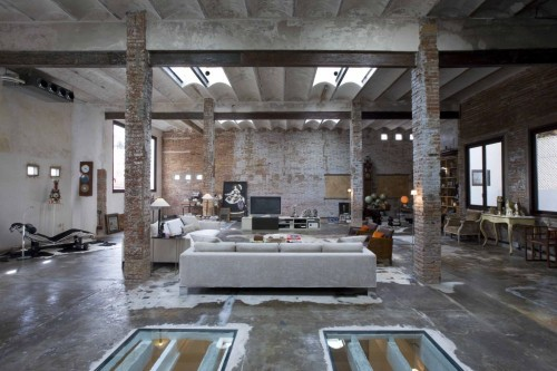 industrial-loft-modern-house-interior-conversion-idea1-500x333