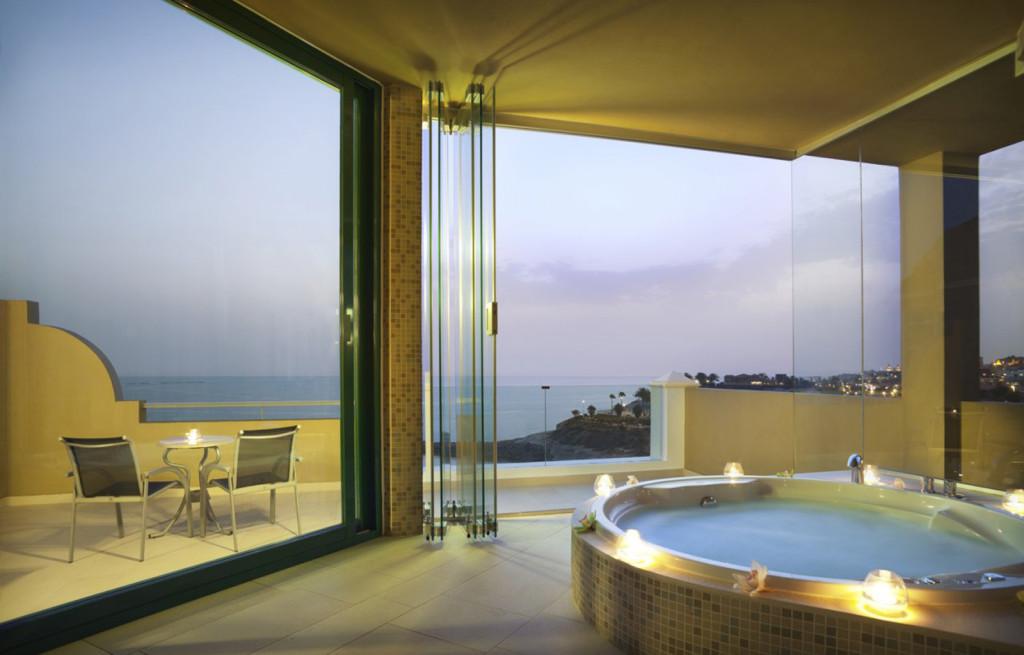 -luxury-dream-bathroom-