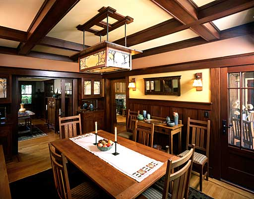 powerful-dining-room-design-with-wooden-furniture-in-craftsman-style-interiors