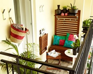 15 Cool Small Balcony Design Ideas