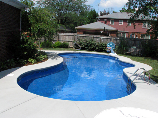 Backyard Pools Swimming Pool