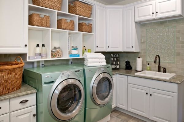 Compact-laundry-room-with-combination-of-selving-and-storage-options