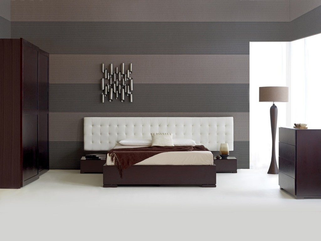 Contemporary-Bedroom-Furniture-Modern