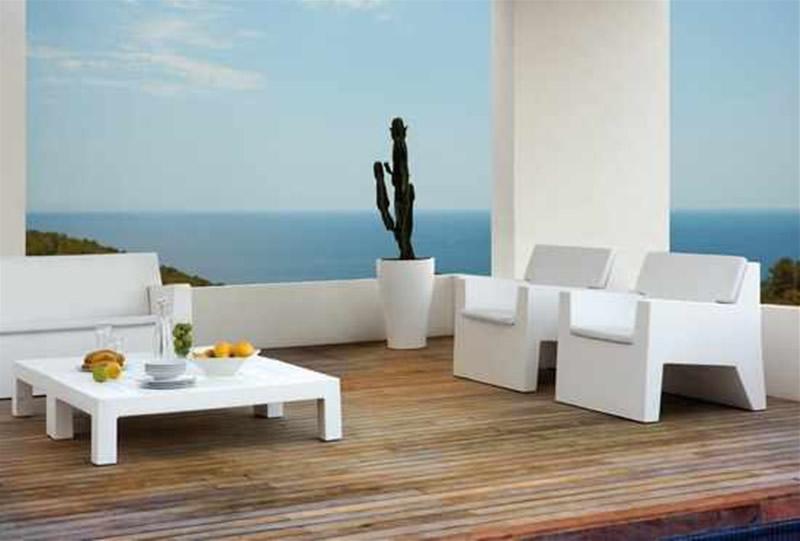 Modern-Outdoor-Furniture-Design-Ideas-Jut-Collection-by-Vondom-
