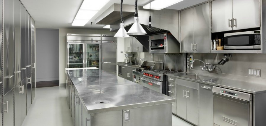 Stainless-Steel-Kitchen-Design-Ideas