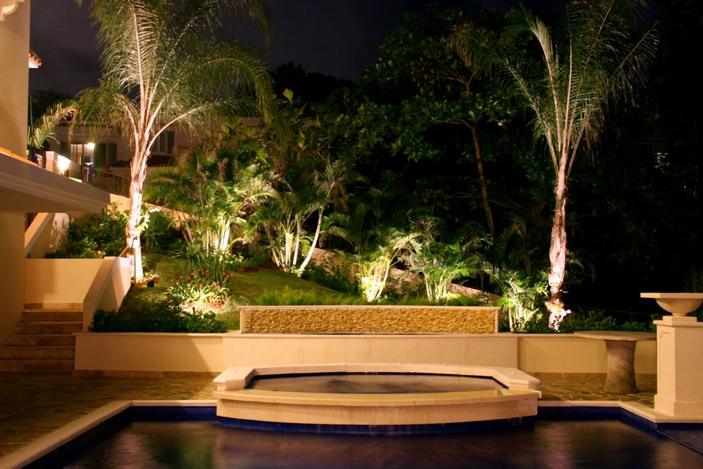 Treasure-Coast-homes-deserve-the-best-outdoor-lighting