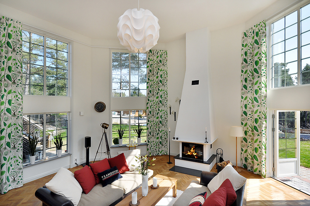 floor-to-ceiling-print-curtains
