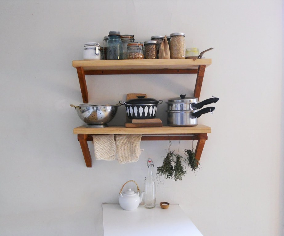 furniture-accessoris-nice-hanging-shelving-systems-design-ideas