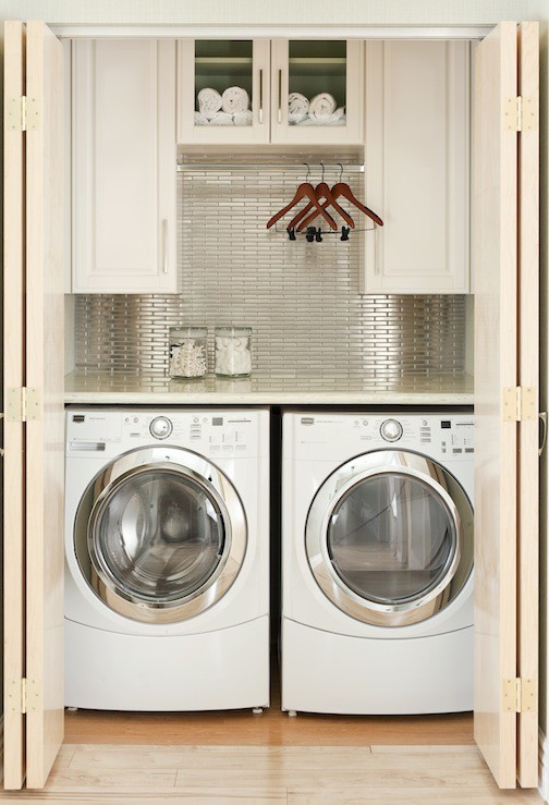 metallic_backsplash_laundry