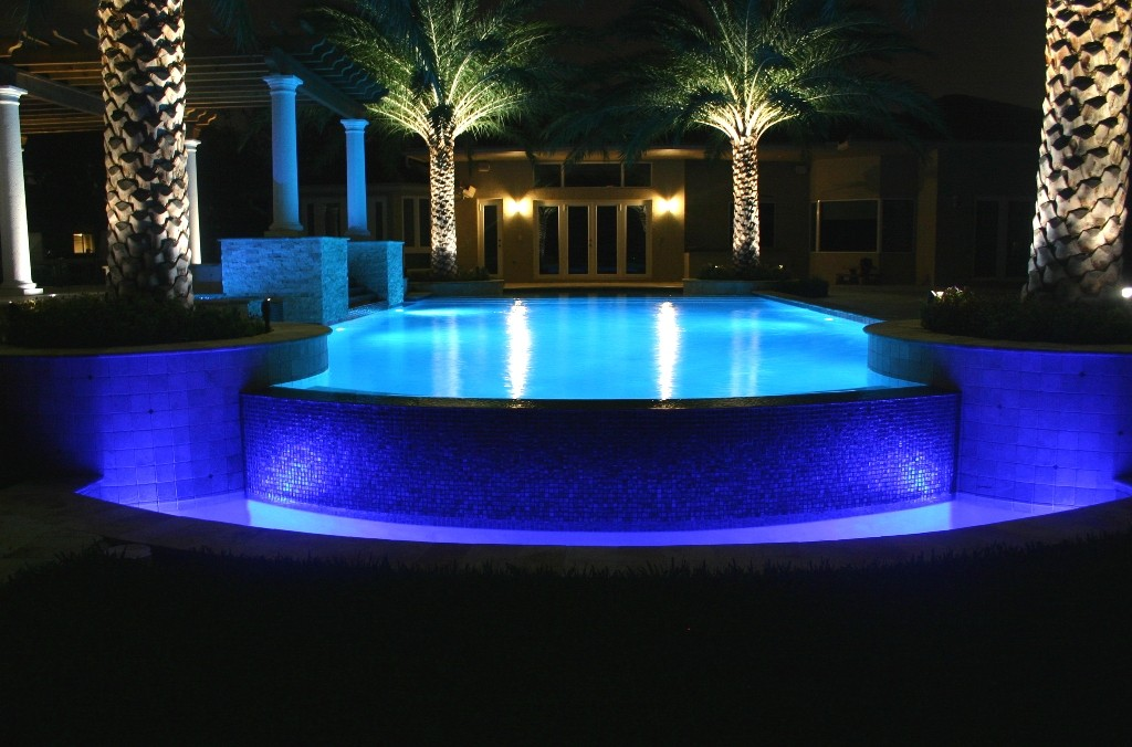 outdoor-swimming-pool-lights-l