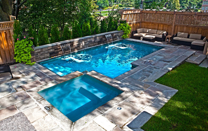 picturesque-small-backyard-pool-designs