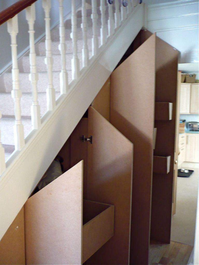 stairs-cupboard-open