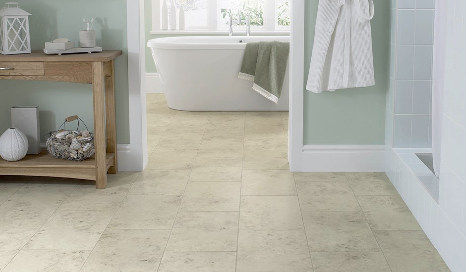 stone-floor-tiles-jura-grey-in-a-bathroom