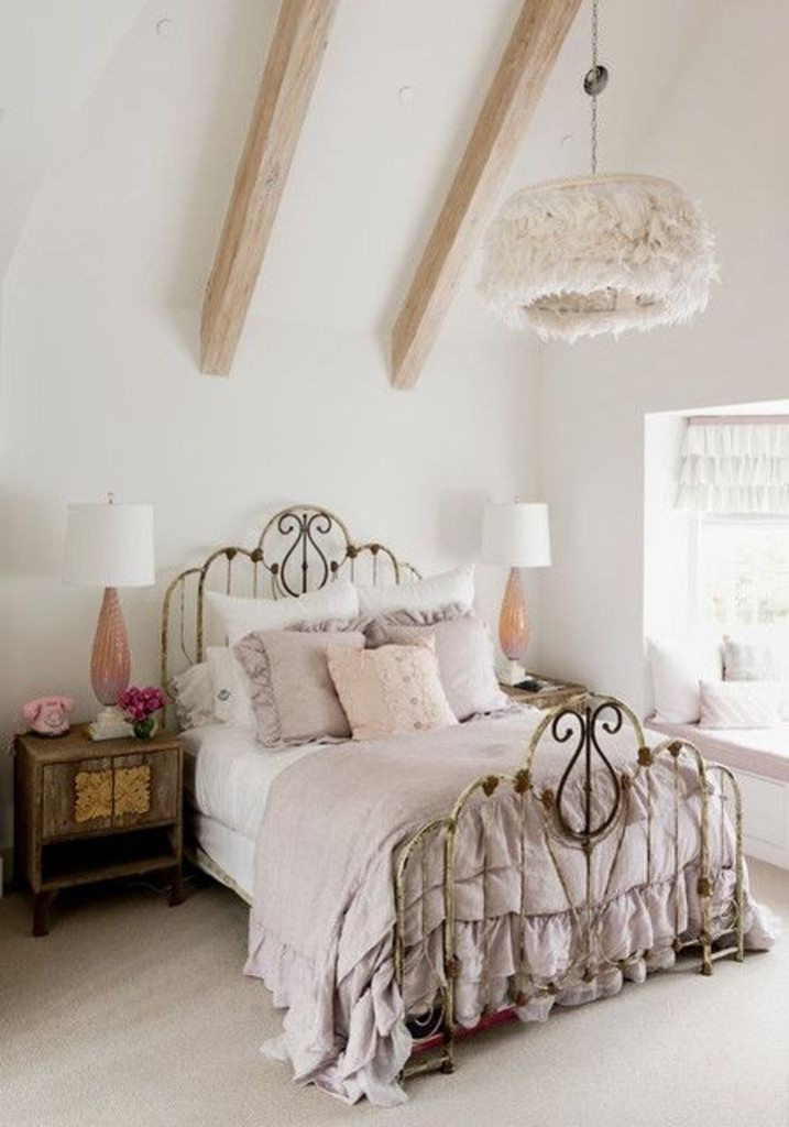 Attic-Boho-Chic-Bedroom
