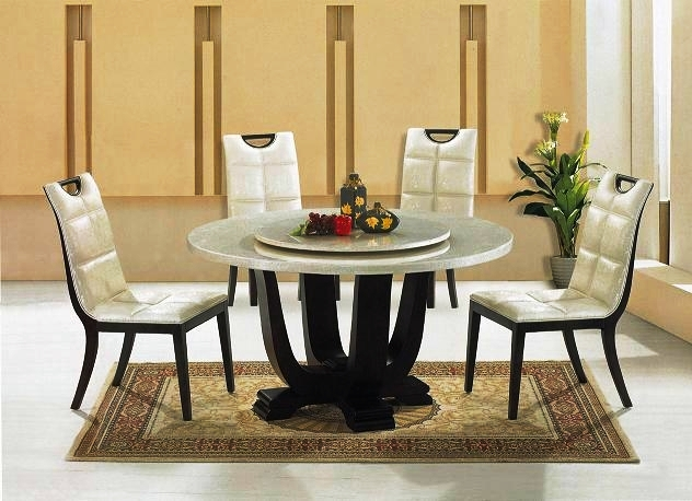 High-end_dining_table_and_chairs