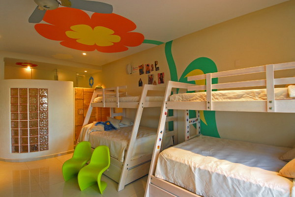 Kids-Bunk-Bed-Ideas-with-Wall-Decals