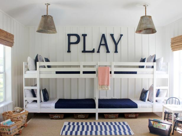 Original_Lauren-Leonard-blue-white-kids-bedroom